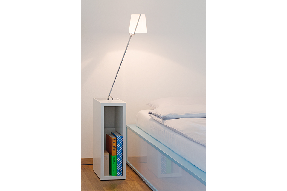 2012_anthologieQuartett_Kollege_Floorlamp_by_speziell